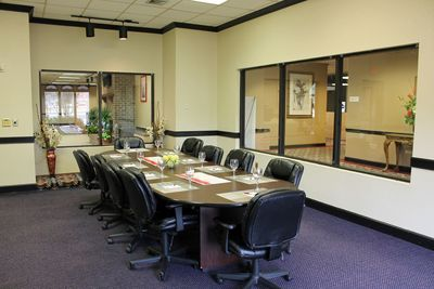 Cottonwood Suites Savannah meeting room